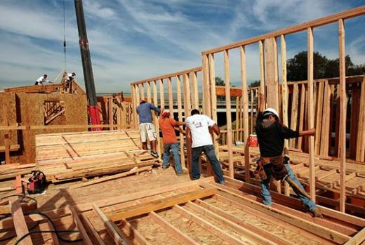 Misiones firmó convenio para incluir madera en las construcciones de Buenos Aires