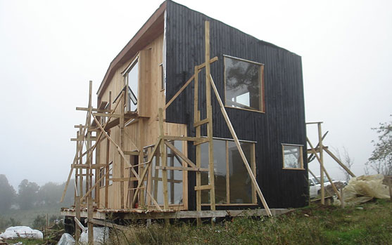 Construcción de vivienda bioclimática de madera en Chile