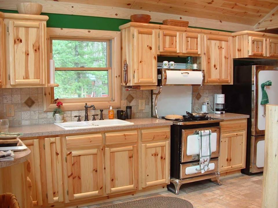 muebles de cocina de pino tigre madera de pino en la cocina economa dise