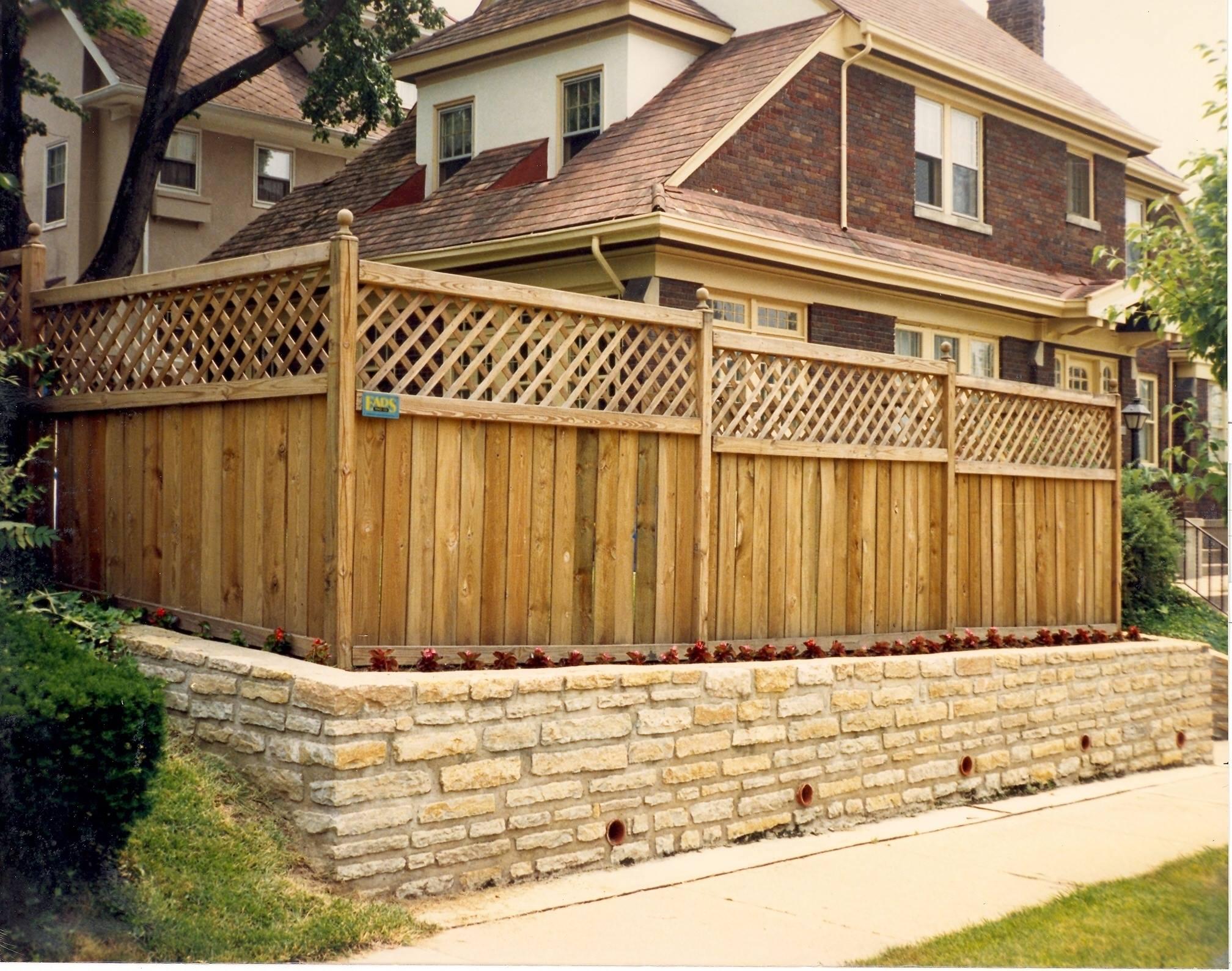 Cercos de madera y construcciónmadera construcción