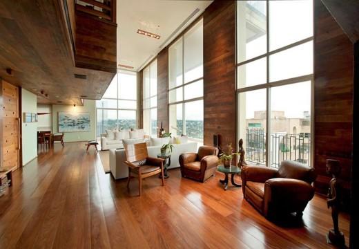 La calidez de la madera: remodelación integral de un departamento en la ciudad de San Pablo, Brasil.
