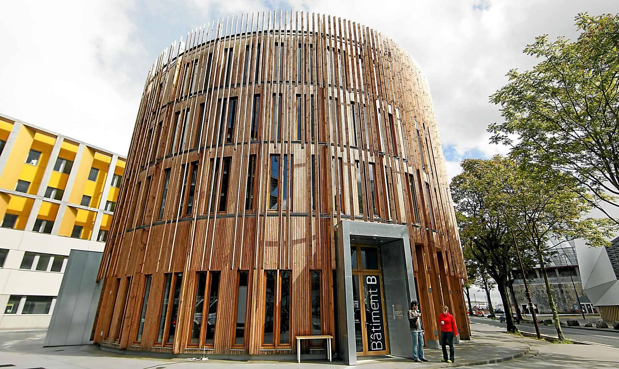 FRANCIA: Emblemático edificio de madera es modelo mundial de ...