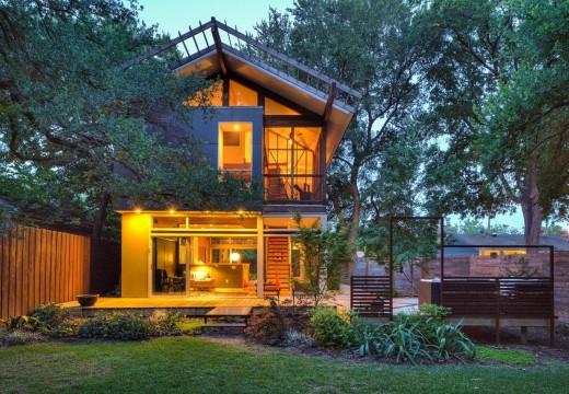 Bariloche, argentina: cabaña de madera de estilo moderno ...