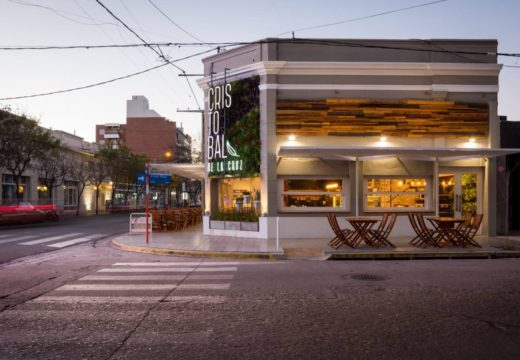 Córdoba, Argentina: Rediseñan un restobar clásico y la madera es protagonista absoluta