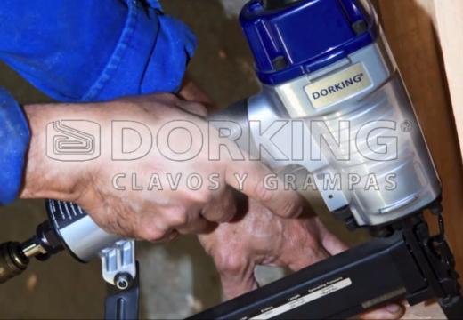 DORKING S. A. Grampas y clavos para máquinas neumáticas
