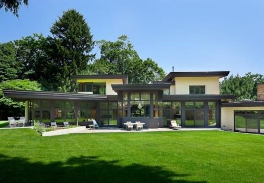 EE.UU. Utilizan madera para modernizar una mansión clásica y le dan una temática ecológica.