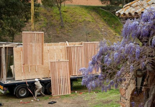 España: con paneles de madera construyen un hotel en una semana y obtiene la calificación más alta en certificación energética.