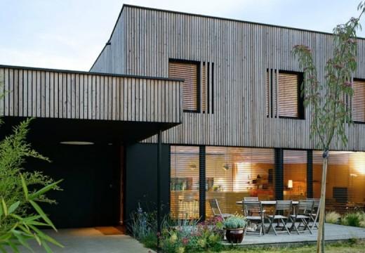 Arquitectura, diseño y conciencia medioambiental: Construyen una vivienda bioclimática en Lion, Francia.