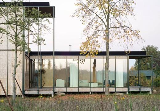 Bélgica. Innovadora vivienda con paneles de madera sobre marco de aluminio
