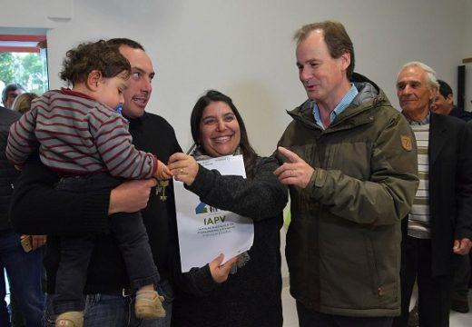 Entre Rios. El gobierno provincial incorpora el prototipo de madera al programa de vivienda provincial.