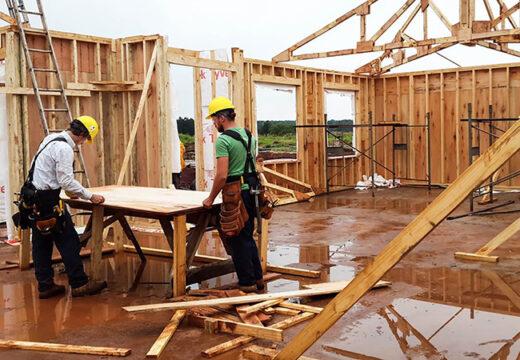 Casas construidas con madera, cada vez más de moda: los cinco sistemas más usados en el país y cuánto cuestan